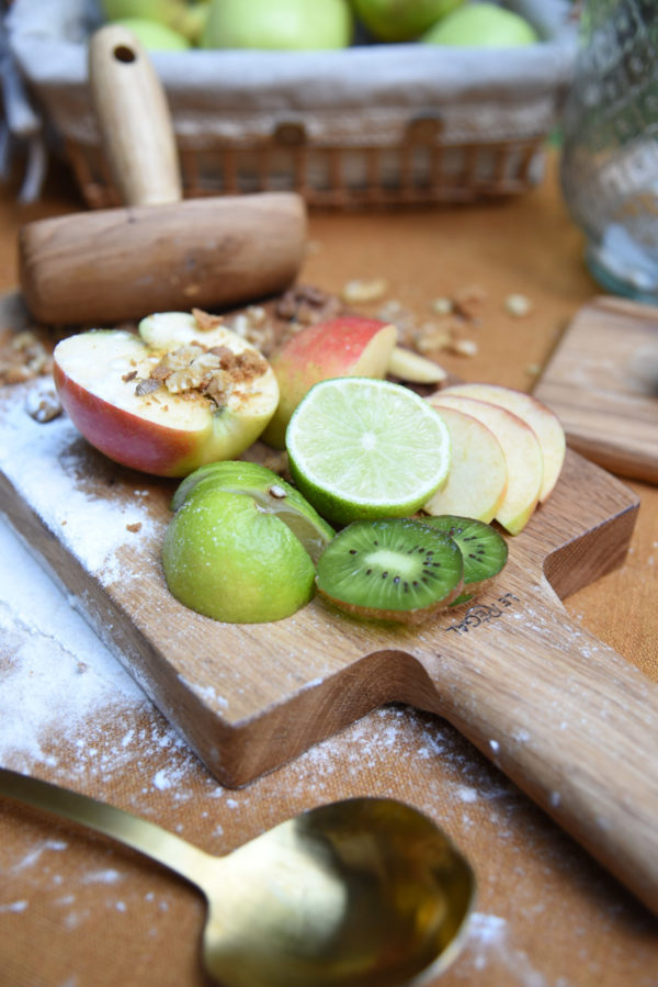 Dual function wooden chopping board