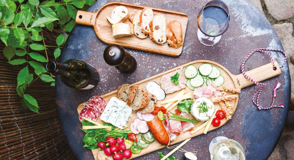 Planche de présentation en bois pour vos apéritifs à partager